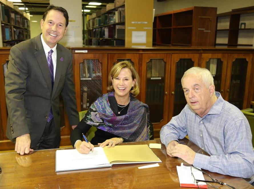 Cherokee-Book-Signing